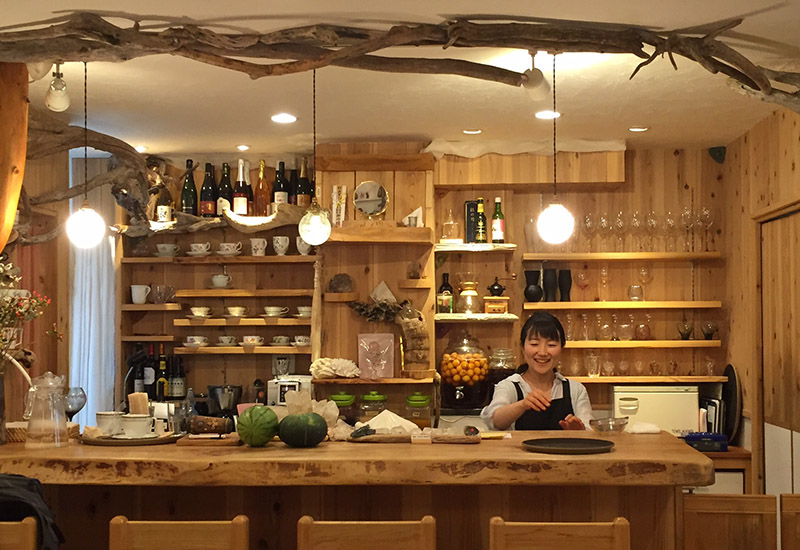 オーガニックカフェ&ショップ cocozion (ココザイオン)